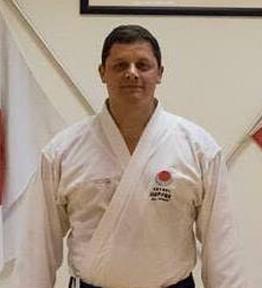 Dr. Hugo Espín