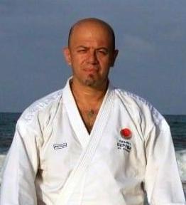 Prof. Rubén Flores Bifarini